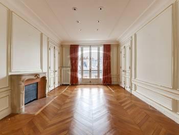 Appartement 6 pièces 219 m2