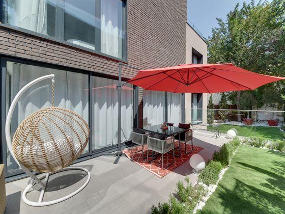 Location maison meublée 6 pièces 160 m2