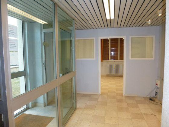 Location divers 3 pièces 65 m2