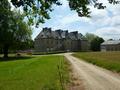 Château 36 pièces 2700m²