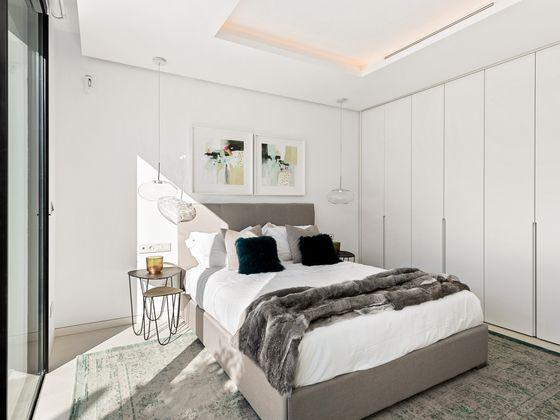 Vente villa 4 pièces 302 m2