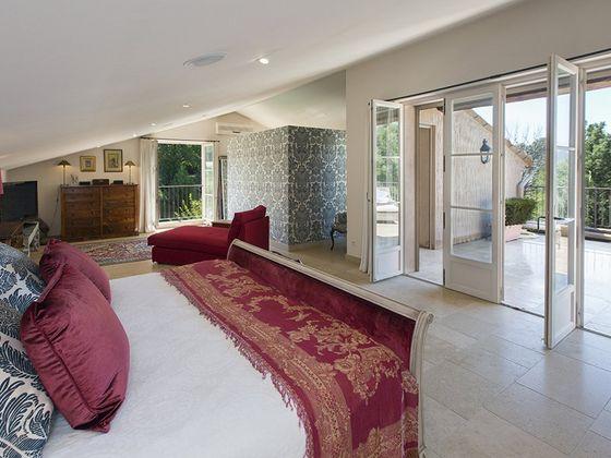 Vente propriété 13 pièces 600 m2