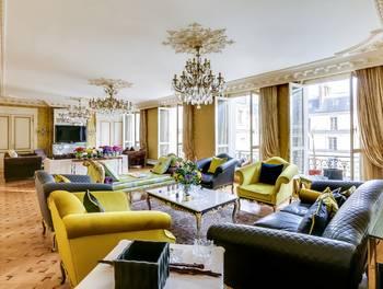 Appartement 7 pièces 252 m2