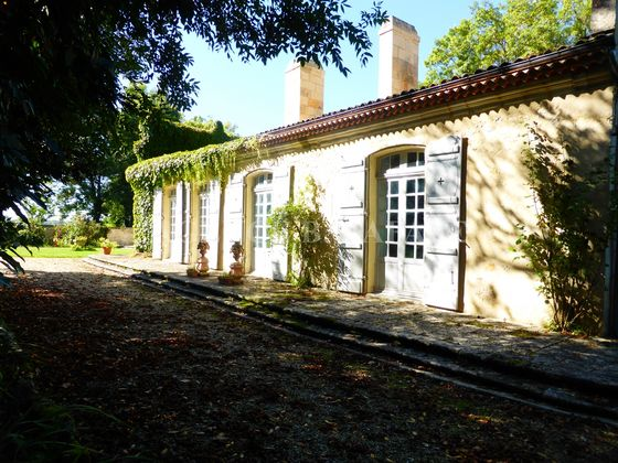 Vente propriété 11 pièces 600 m2