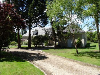 propriété à Saint-Nom-la-Bretèche (78)
