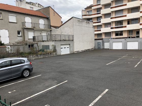 Location parking 12,5 m2