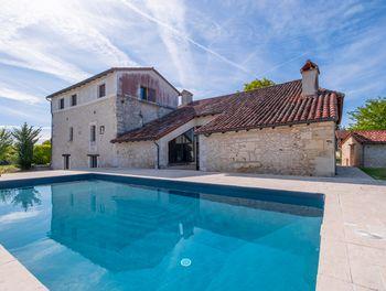 propriété à Léguillac-de-l'Auche (24)