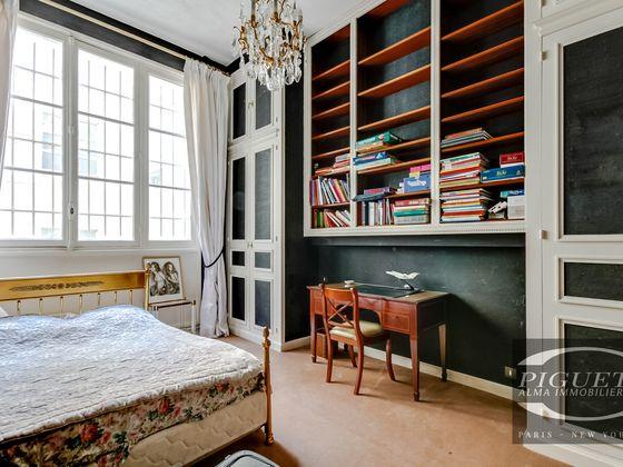 Location appartement 8 pièces 334 m2