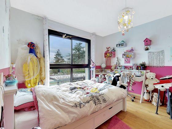 Vente villa 10 pièces 281 m2