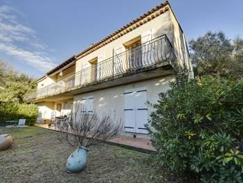 Villa 10 pièces 131 m2