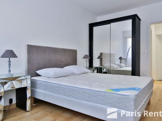 Location appartement meublé 4 pièces 93 m2