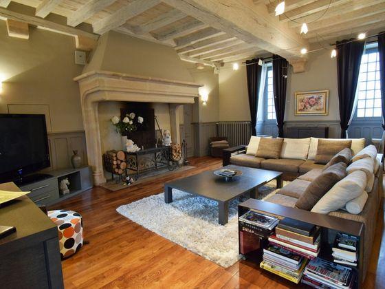 Vente propriété 11 pièces 540 m2