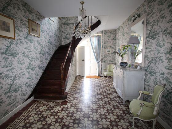 Vente propriété 11 pièces 426 m2