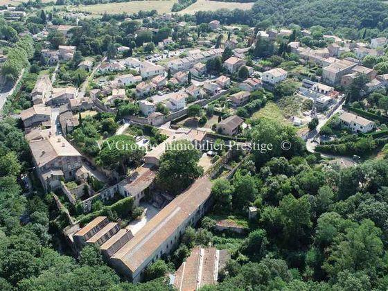 Vente propriété 30 pièces 6400 m2