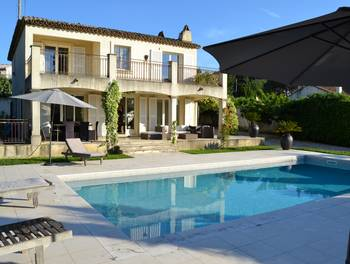 Villa 5 pièces 200 m2