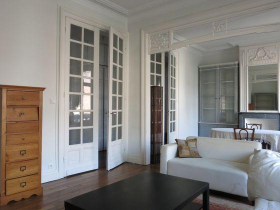 vente Appartement 5 pièces 107 m2 Lille