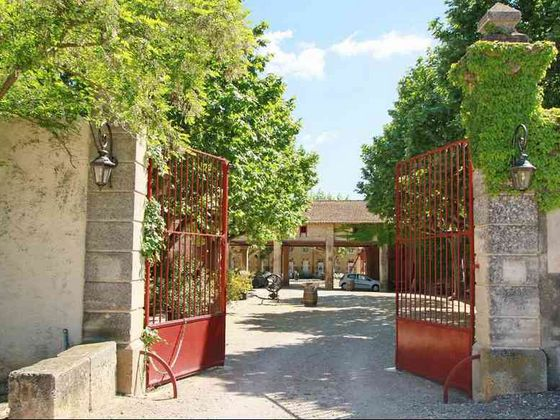 Vente propriété 35 pièces 4044 m2