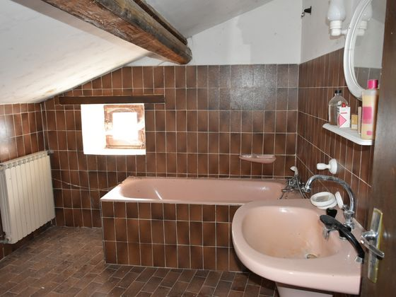 Vente propriété 12 pièces 270 m2