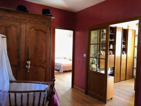 Vente propriété 10 pièces 350 m2