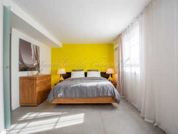 appartement à Port grimaud (83)