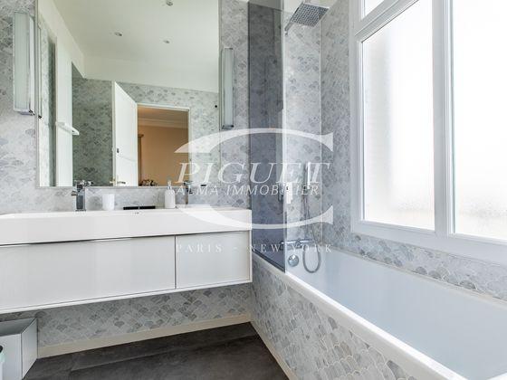 Location appartement meublé 7 pièces 241 m2