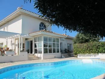 Villa 6 pièces 192 m2