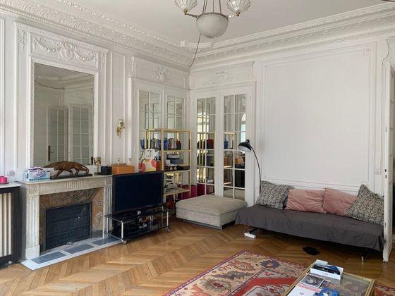 Location appartement meublé 3 pièces 102,79 m2