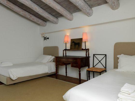 Vente villa 5 pièces 592 m2