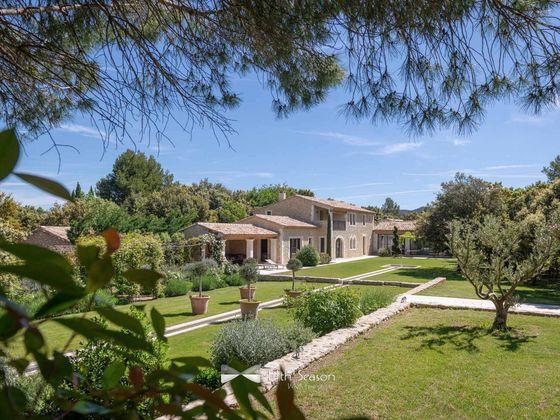 Location propriété 11 pièces 420 m2