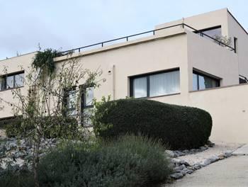 Villa 7 pièces 238 m2