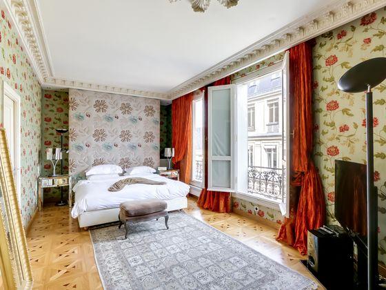 Vente appartement 7 pièces 252 m2