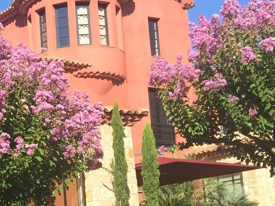 Vente villa 9 pièces 365 m2