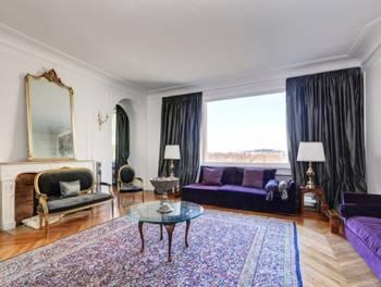 Appartement meublé 5 pièces 220 m2