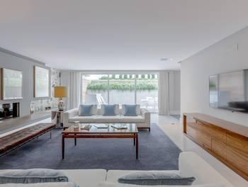Appartement 6 pièces 377 m2