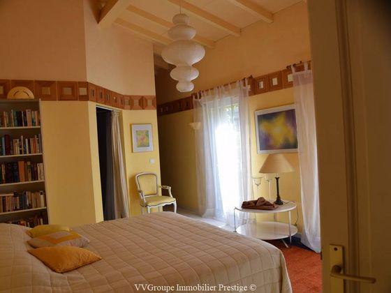 Vente villa 7 pièces 373 m2
