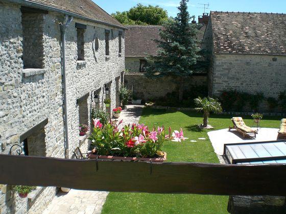 Vente propriété 8 pièces 330 m2