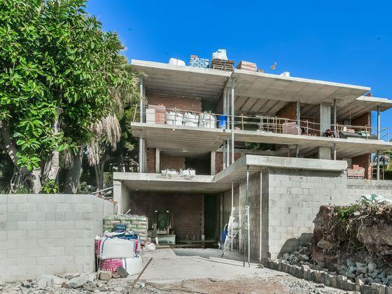 Vente villa 20 pièces 650 m2