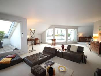 Appartement 7 pièces 200,05 m2