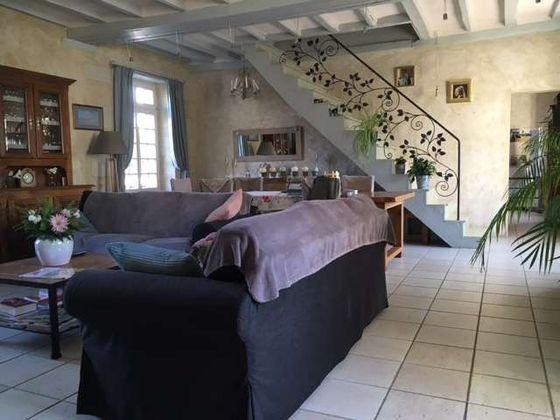 Vente propriété 18 pièces 830 m2